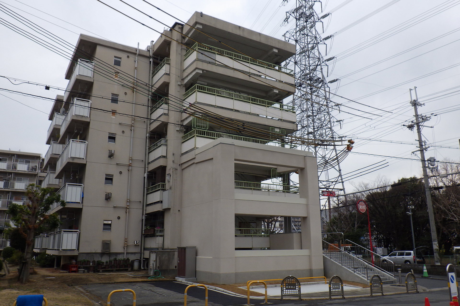 大阪府営金岡東第3住宅耐震改修工事